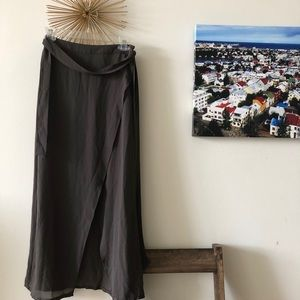 Grey F21 high/low skirt - worn three times! Size s